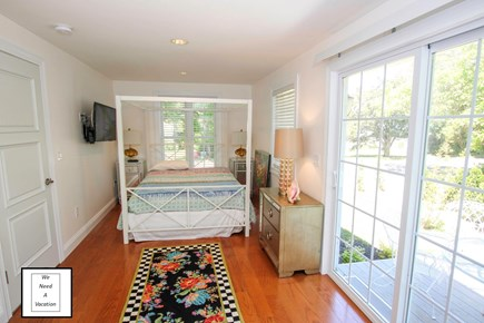 32 County Road, Oak Bluffs Martha's Vineyard vacation rental - Downstairs queen size bed