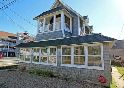 Oak Bluffs Martha's Vineyard vacation rental - Our antique, updated cottage is 160 feet from the Inkwell Beach