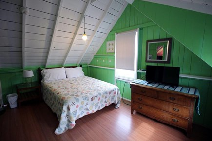 Oak Bluffs Martha's Vineyard vacation rental - Dream in green bedroom