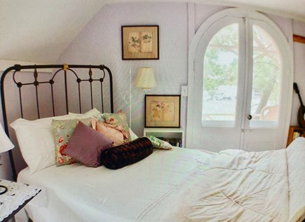 Oak Bluffs Martha's Vineyard vacation rental - These bedrooms are in the style of days gone by.