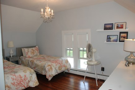 Edgartown Martha's Vineyard vacation rental - Upstairs bedroom - two twin beds