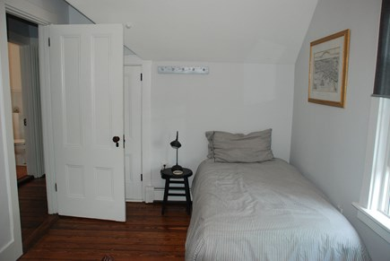 Edgartown Martha's Vineyard vacation rental - Upstairs bedroom #2 - 3 twin beds