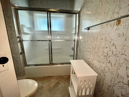 Oak Bluffs Martha's Vineyard vacation rental - One of Two Full Bathrooms