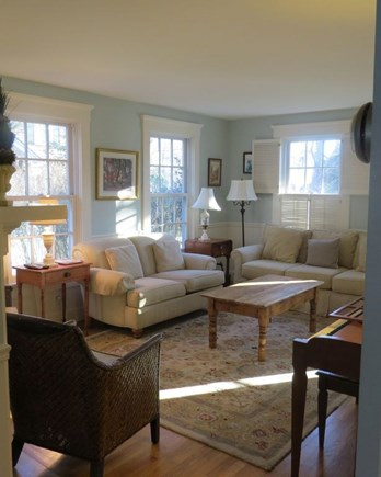 Edgartown Martha's Vineyard vacation rental - Spacious, sunny living room
