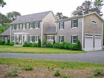 Harthaven Oak Bluffs Martha's Vineyard vacation rental - 2-car garage for autos, bikes, and beach toys, large parking area