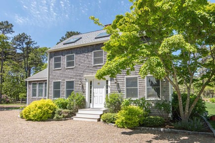 Katama - Edgartown Martha's Vineyard vacation rental - Front Approach To House