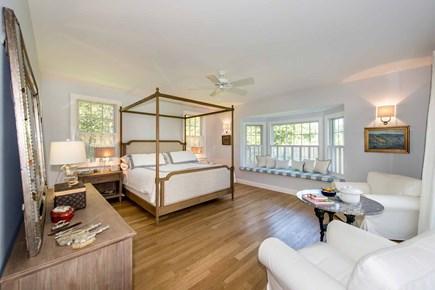 Katama - Edgartown Martha's Vineyard vacation rental - Bedroom #1 - King, Built-in Seating, Private Bath. 1st Floor