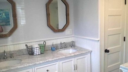 Edgartown Village Martha's Vineyard vacation rental - New bathroom