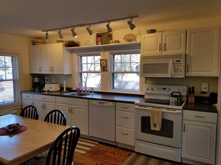 Edgartown Martha's Vineyard vacation rental - Kitchen with dishwasher