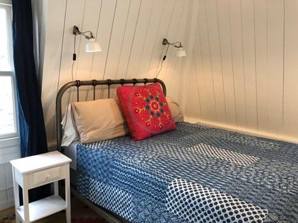 Oak Bluffs Martha's Vineyard vacation rental - Queen bed in Vineyard Haven room.
