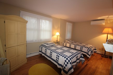 Vineyard Haven, Mink Meadows Martha's Vineyard vacation rental - Bedroom 1 first floor