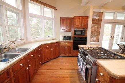 Vineyard Haven, Mink Meadows Martha's Vineyard vacation rental - Kitchen