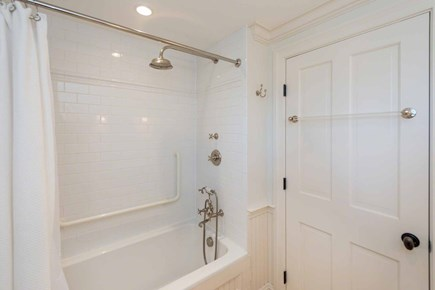 Edgartown Martha's Vineyard vacation rental - Shared Bath Has Tub & Shower