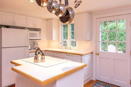 Edgartown Martha's Vineyard vacation rental - Kitchen Has Center Island with Cook Top