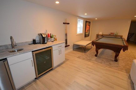Oak Bluffs Martha's Vineyard vacation rental - Lower level wet bar, pool table adjacent seating area