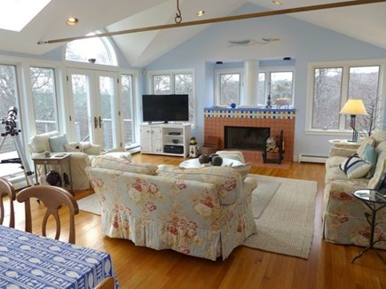 Chilmark Martha's Vineyard vacation rental - Large open living room dining room