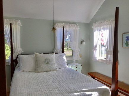 Chilmark Martha's Vineyard vacation rental - Beautifully decorated bedroom