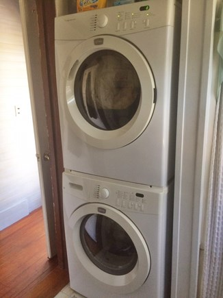 Chilmark Martha's Vineyard vacation rental - Washer/dryer.