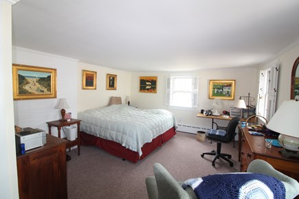 Edgartown, Downtown Martha's Vineyard vacation rental - Master bedroom with 1 king