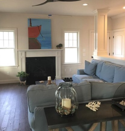 Oak Bluffs/East Chop Martha's Vineyard vacation rental - Spacious Living Room with Gas Fireplace