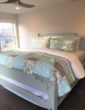 Oak Bluffs/East Chop Martha's Vineyard vacation rental - Master Suite with King Bed