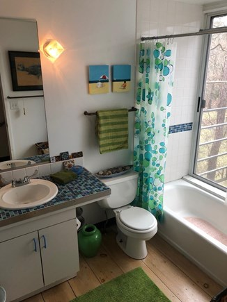 Oak Bluffs Martha's Vineyard vacation rental - Second floor bath with tub/ shower