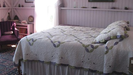 Oak Bluffs Martha's Vineyard vacation rental - Cottage style bedroom