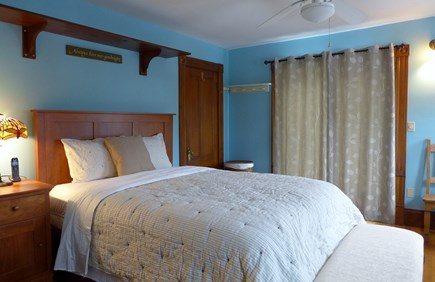 Oak Bluffs Martha's Vineyard vacation rental - 2nd Fl Master Queen Bedroom
