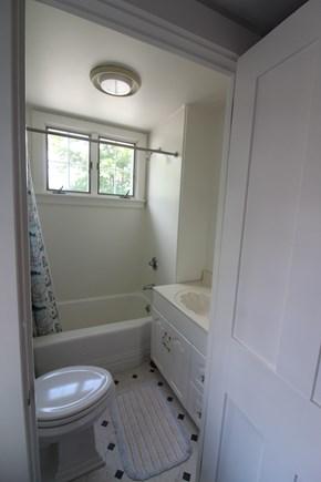 Edgartown Martha's Vineyard vacation rental - Full bath 2