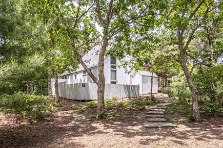 Oak Bluffs, Waterview Farms Martha's Vineyard vacation rental - Mid century cottage nestled in the oaks of OB