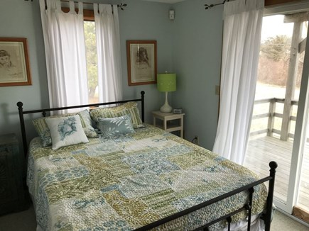 Oak Bluffs Martha's Vineyard vacation rental - Queen bed w/ access to the front deck through the slider