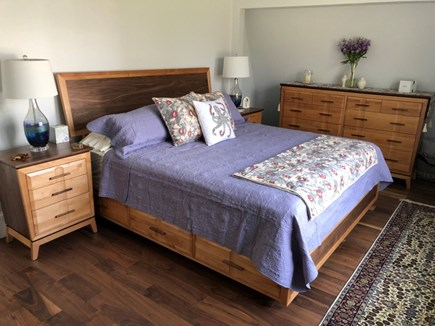 Oak Bluffs Martha's Vineyard vacation rental - King Bedroom with 2 full size dressers