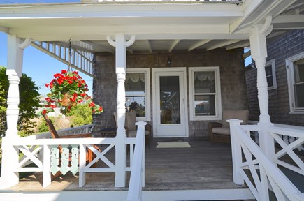 Oak Bluffs Martha's Vineyard vacation rental - Entrance to attached guest house with comfortable chairs