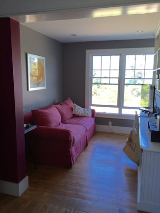 Oak Bluffs, On Farm Pond Martha's Vineyard vacation rental - Cozy den with tv and desk