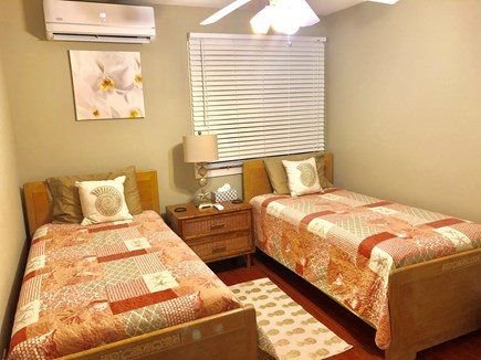Oak Bluffs Martha's Vineyard vacation rental - Twin beds that can be used for 2 singles or converted to a king.