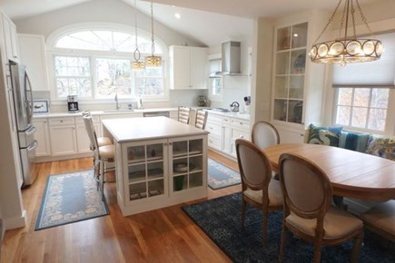 Chilmark Martha's Vineyard vacation rental - Beautiful clean brightly lit kitchen with breakfast bench.