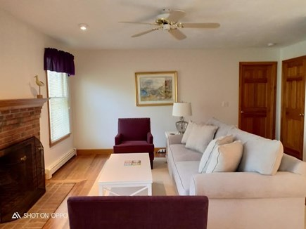 Katama - Edgartown, Edgartown Martha's Vineyard vacation rental - First level living room