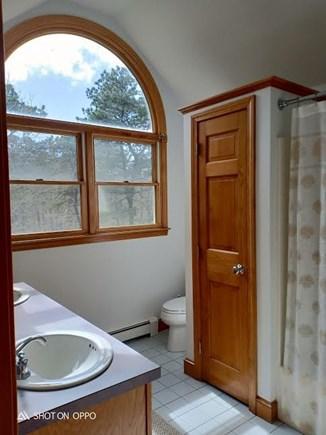 Katama - Edgartown, Edgartown Martha's Vineyard vacation rental - Second floor bathroom