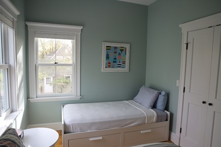 Vineyard Haven, In the heart of the Village of Martha's Vineyard vacation rental - Upstairs bedroom with Twin and Double.  Perfect for Kids!