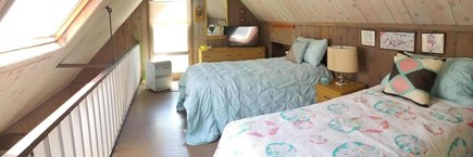Oak Bluffs, Waterview Farms Martha's Vineyard vacation rental - Loft with Twins and Sky Light