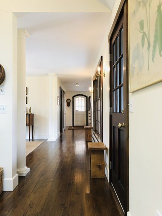 Edgartown Martha's Vineyard vacation rental - Entry hallway