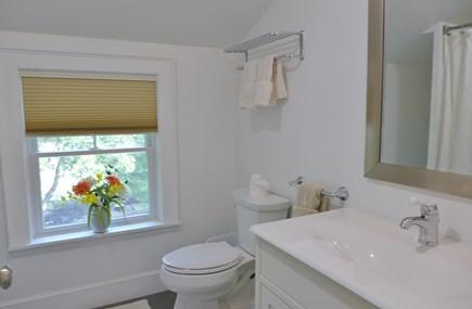 Oak Bluffs Martha's Vineyard vacation rental - 2nd Floor Full Bath Combo Shower/ Bath Tub