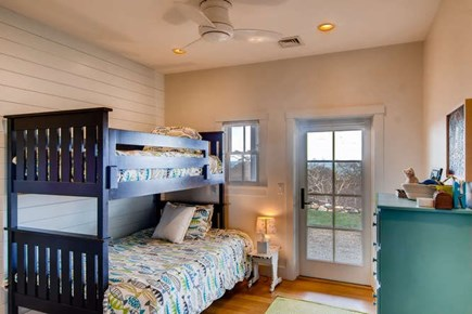 Aquinnah Martha's Vineyard vacation rental - Bunk room