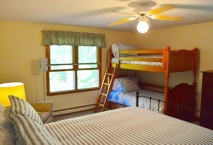 Edgartown Martha's Vineyard vacation rental - Bedroom with a queen and bunk beds