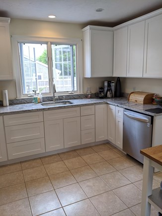 Edgartown, Walking distance to downtown  Martha's Vineyard vacation rental - New kitchen cabinets and counters in 2020.