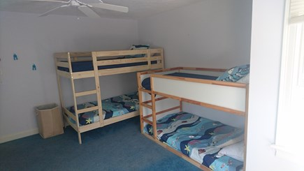 Edgartown, Walking distance to downtown  Martha's Vineyard vacation rental - Two sets of bunk beds in kids bedroom.