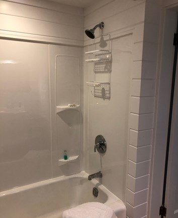 Edgartown Martha's Vineyard vacation rental - Tub/shower (there is an outdoor shower as well!)