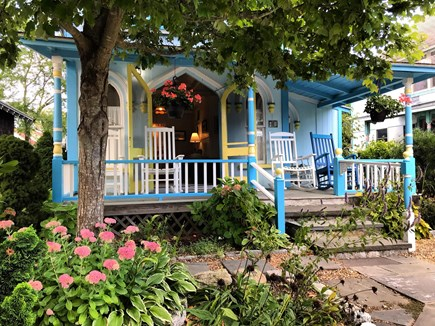 Downtown Oak Bluffs Martha's Vineyard vacation rental - Welcome to the Wee Packem Inn!