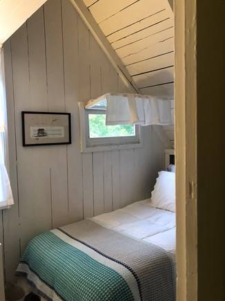 Downtown Oak Bluffs Martha's Vineyard vacation rental - Upstairs cottager bunk room - two twins