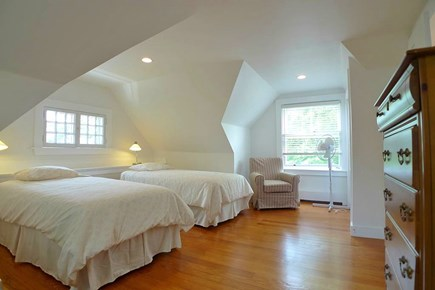 Oak Bluffs Martha's Vineyard vacation rental - 3rd Fl 2 Twins/Full Futon